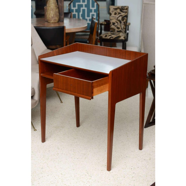 Mid-Century Modern Rare Pair of Mahogany and Formica Side Tables in Style of Gio Ponti, Italy 1950s For Sale - Image 3 of 11