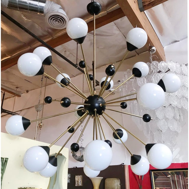 Italian 1960s Brass With White and Black Orbs Midcentury Sputnik Chandelier For Sale - Image 3 of 6