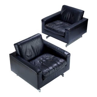 Vintage Mid Century Milo Baughman for Thayer Coggin Black Leather Lounge Chairs- A Pair For Sale