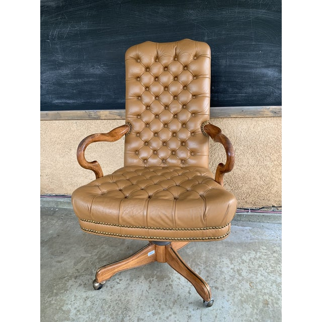 1980s Vintage Executive Brown Leather Tufted Swivel Office
