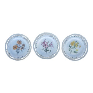 Set of 3- Chelsea House Fine China Reticulated Floral Decorative Plates For Sale