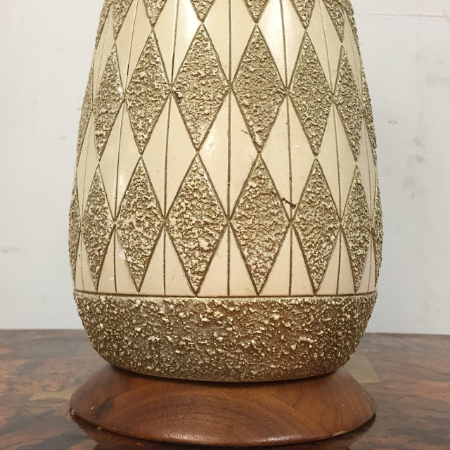 Mid-Century Pottery Table Lamp - Image 4 of 8