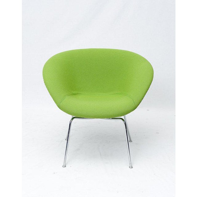 Arne Jacobsen pot chair designed in 1959 and produced by Fritz Hansen. Store formerly known as ARTFUL DODGER INC