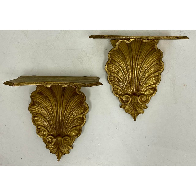 1960s Pair of Large Scale Carved Giltwood Shell Wall Brackets For Sale - Image 5 of 6