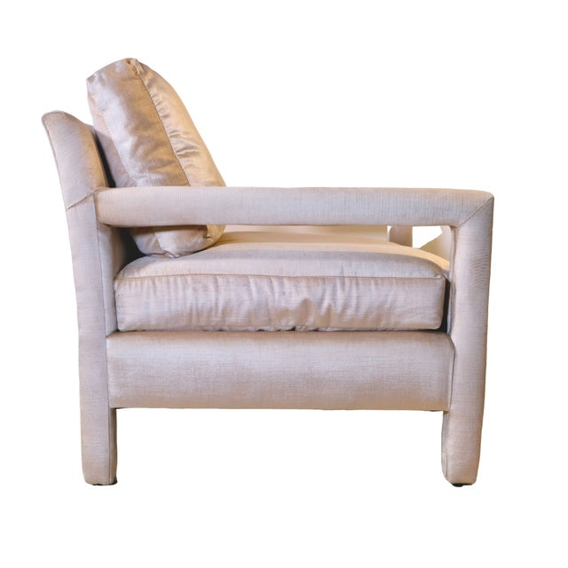 Milo Baughman Pair of Milo Baughman Style Parsons Chairs in Blush Velvet For Sale - Image 4 of 9