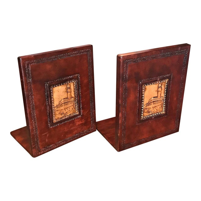 1970s Italian Brown Leather Bookends - a Pair For Sale