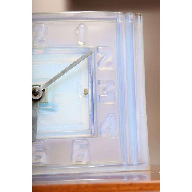 Léon Hatot 'ATO' Opalescent Glass Mantle Clock For Sale - Image 4 of 7