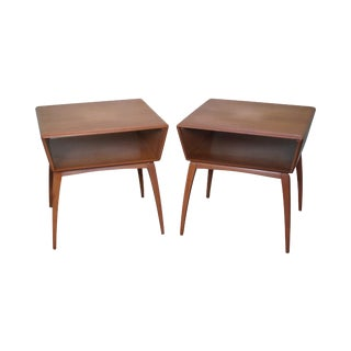 Heywood Wakefield Mid-Century Maple Side Tables - A Pair For Sale