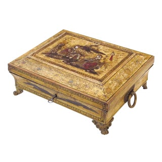 An Elegant English Regency Yellow-Lacquered Chinoiserie Jewelry Box For Sale