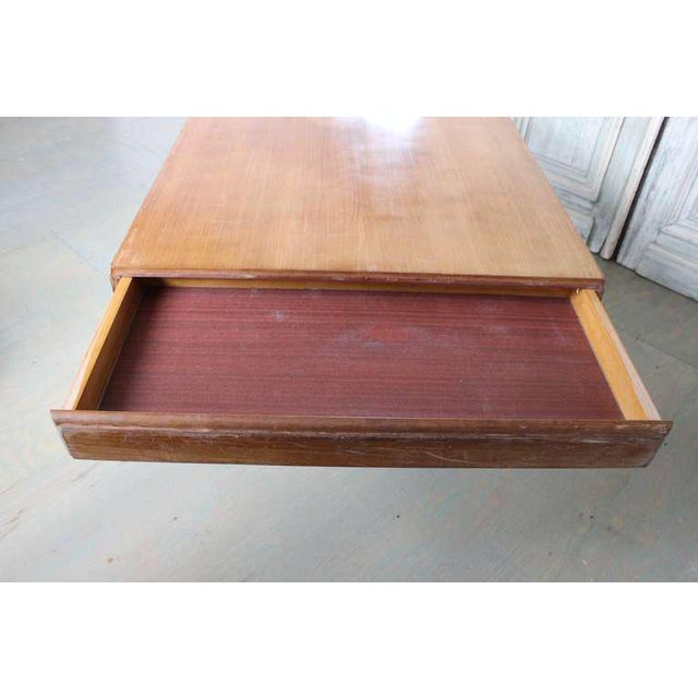 French 1940s Art Deco Style Rosewood Dining Table For Sale In New York - Image 6 of 9
