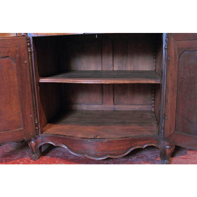 18th Century French Louis XV Walnut Serpentine Buffet For Sale - Image 10 of 10