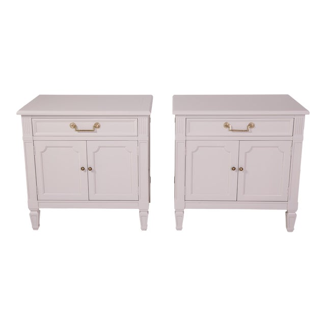 Mid-Century Modern Baker Furniture Grey Nightstands - a Pair For Sale