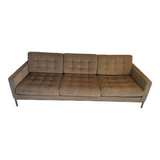 Florence Knoll Relaxed Sofa For Sale