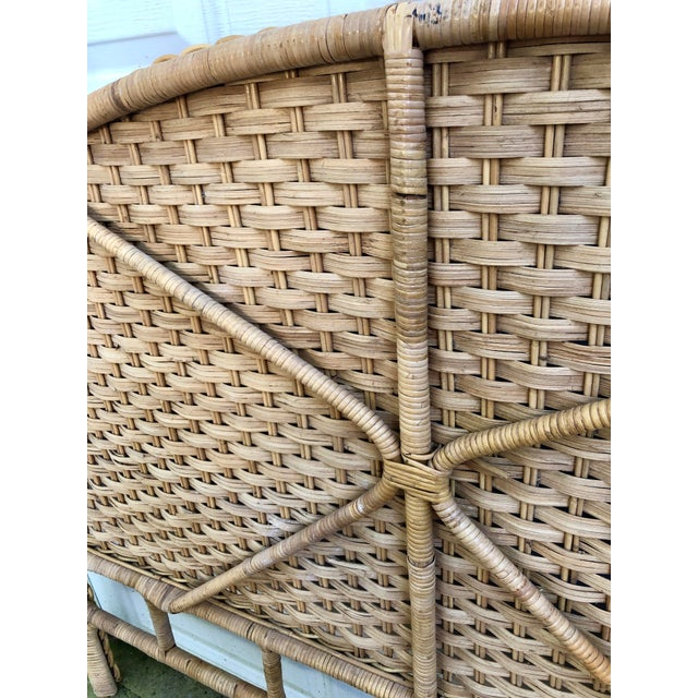 1960s 1960s Vintage Braided Woven Bamboo Wicker Rattan Queen Headboard For Sale - Image 5 of 7