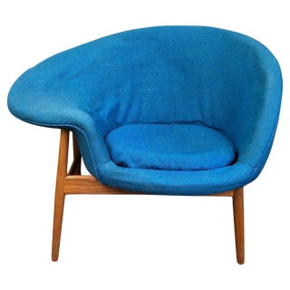 Hans Olsen Fried Egg Chair With Walnut Frame, Circa 1956 For Sale