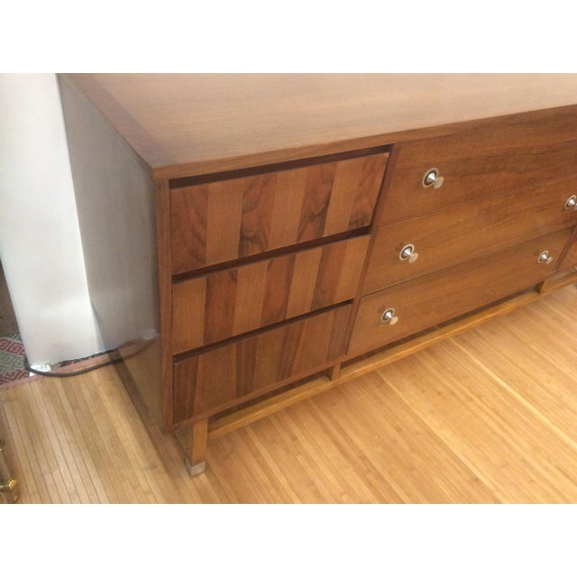 Mid-Century Modern Mid-Century Walnut and Rosewood Credenza by Stanley Furniture For Sale - Image 3 of 6