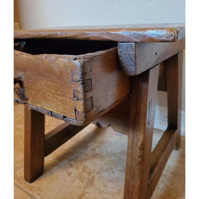 Brown Early 18th Century Spanish Colonial Rustic Small Table For Sale - Image 8 of 12