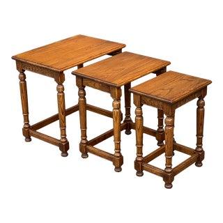 Ethan Allen Royal Charter Oak Nesting Tables - Set of 3 For Sale