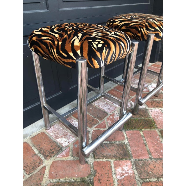 Contemporary Mid-Century Chrome Based Stools - a Pair For Sale - Image 3 of 7