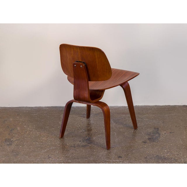 1950s Early Eames Walnut Dcw Chairs for Herman Miller - a Pair For Sale - Image 5 of 12