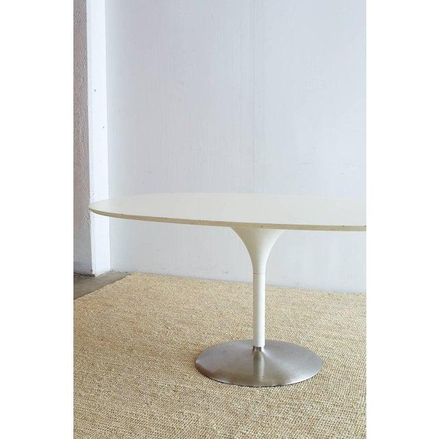 Contemporary Eero Saarinen Oval Tulip Table For Sale - Image 10 of 13