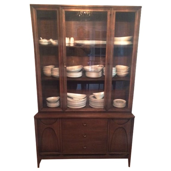 Broyhill Brasilia Mid-Century China Cabinet For Sale