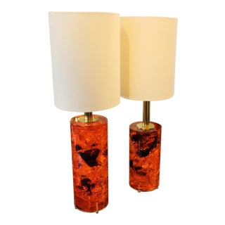 1970s Red Fractal Resin Pair of Lamps, Brass Stand For Sale