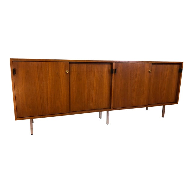 Florence Knoll Vintage Walnut 4 Position Credenza - Circa 1960s For Sale