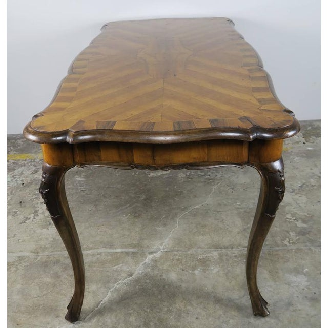 French Inlaid Walnut Veneered Writing Table, Circa 1900 For Sale - Image 4 of 11
