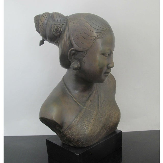 20th Century Figurative Bronze Sculpture of Burmese Thai Woman Female Bust For Sale - Image 4 of 9