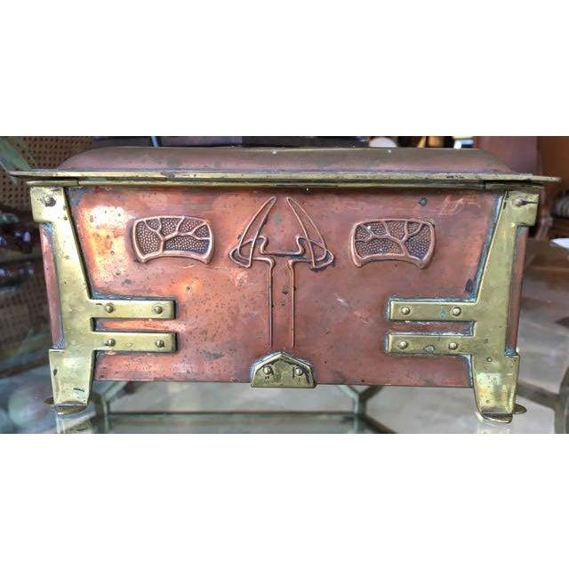 1900s Vienna Secessionist Copper Trinket Box For Sale - Image 5 of 11