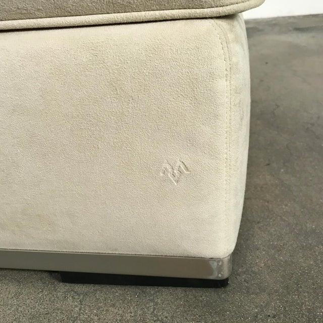 Contemporary Maxalto 'Intervallum' Microsuede Ottoman by Antonio Citterio For Sale - Image 3 of 4