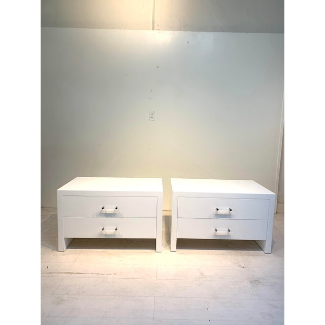 White 1960s Hollywood Regency White Nightstands With Lucite Pulls - a Pair For Sale - Image 8 of 8