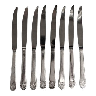 Salvaged Waldorf Lightly Serrated Art Deco Steak Knife Set of 8 For Sale