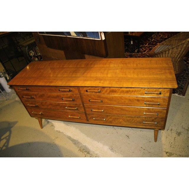 Johnson Furniture Co. 1950s Mid-Century Modern Renzo Rutili for John Stuart Cherrywood Dresser For Sale - Image 4 of 11