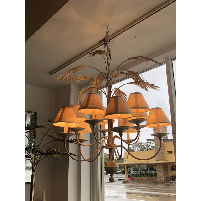 Vintage palm tree Frond leaf leaves 10 light metal tole chandelier. Comes with matching ceiling canopy, chain and original...