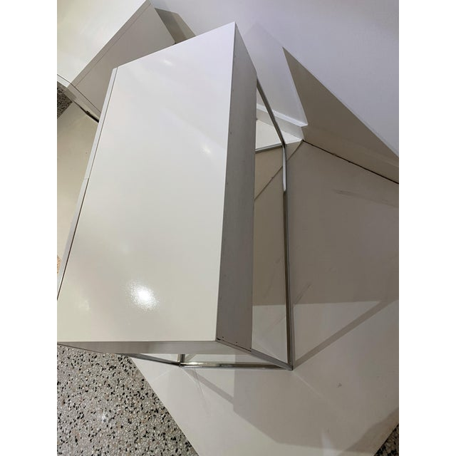 Bedside Tables Nightstands in White Lacquer by Rougier - a Pair For Sale - Image 9 of 13
