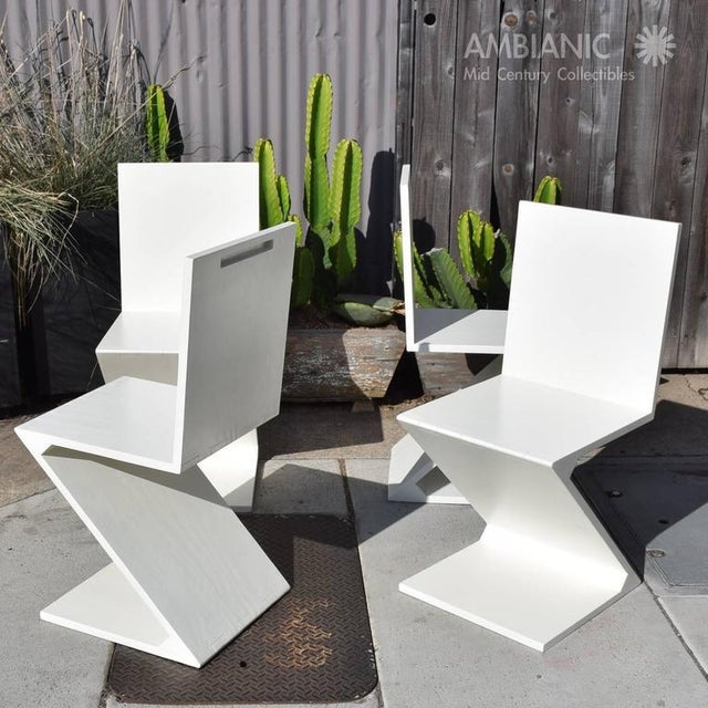 Set of 4 Zig Zag Chairs in White Color For Sale - Image 9 of 10