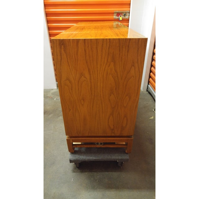 """Asian 1960s Mid-Century Modern American of Martinsville """"Ming"""" Walnut Buffet For Sale - Image 3 of 9"""