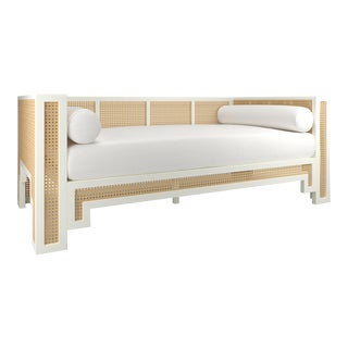 Alexandra Daybed - Simply White, Optic White Linen For Sale