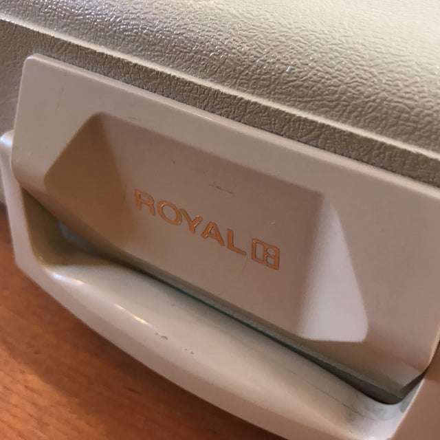 Mid-Century Royalite Typewriter With Carrying Case - Image 8 of 8