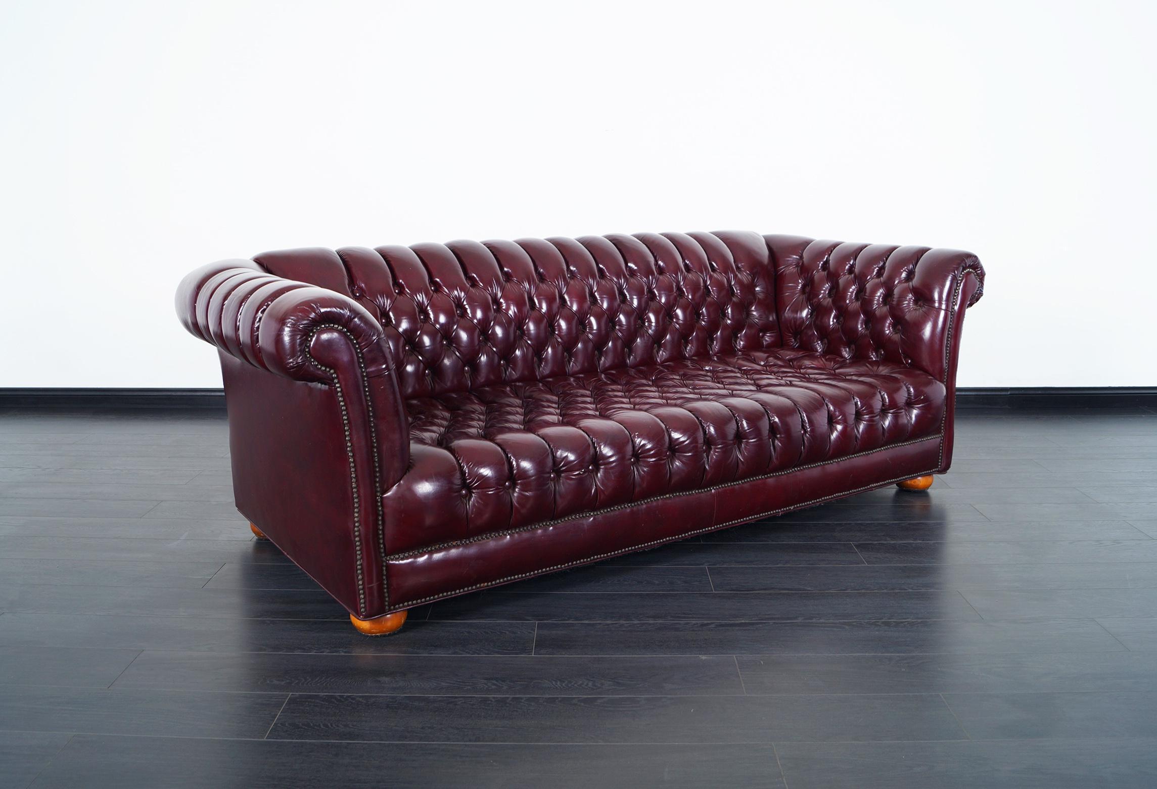 Superieur Fabulous Vintage Burgundy Leather Chesterfield Sofa.