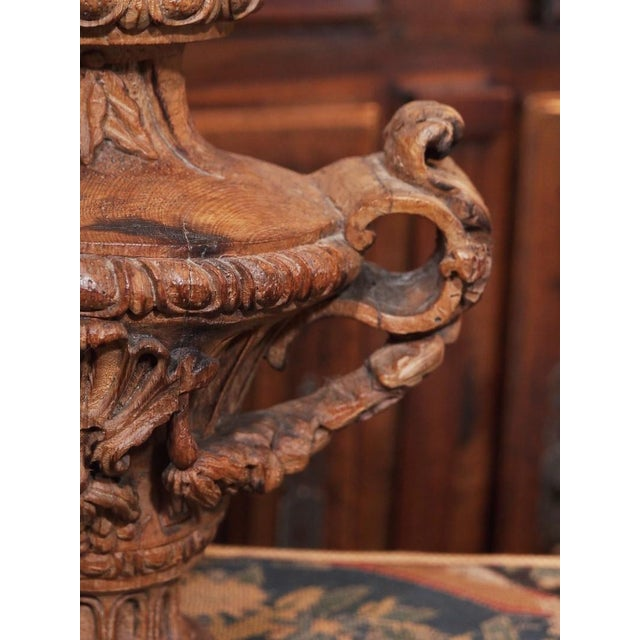 Wood 18th Century Italian Carved Decorative Wood Urns - Pair For Sale - Image 7 of 8