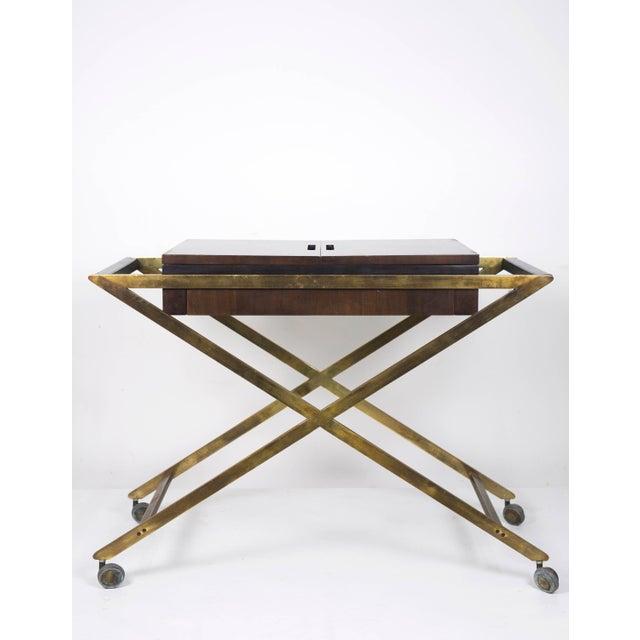 John Widdicomb 1960s Vintage Widdicomb Brass X Base Bar or Serving Cart For Sale - Image 4 of 11