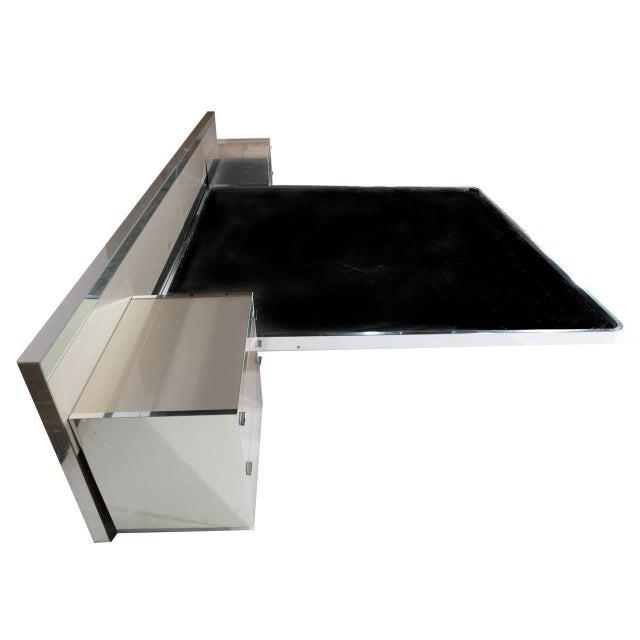 Ello Mid Century Modern Illuminated Platform Bed Image 2 Of 9