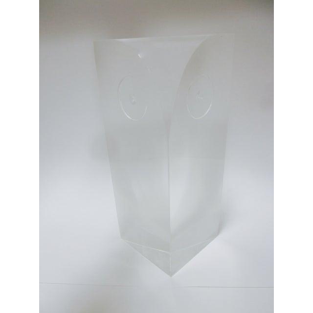 Guzzini Attri. Modernist Lucite Owl Sculpture - Image 8 of 10
