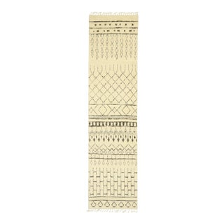 Contemporary Moroccan Rug, Shag Hallway Runner - 02'07 X 10'00 For Sale