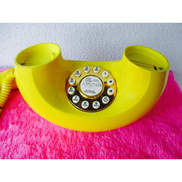 Bright Yellow Sculptura Donut Telephone Phone - Image 11 of 11