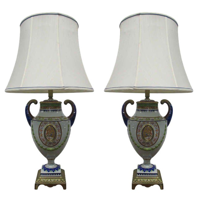 Pair of Hand-Painted Italian Style Porcelain Lamps For Sale