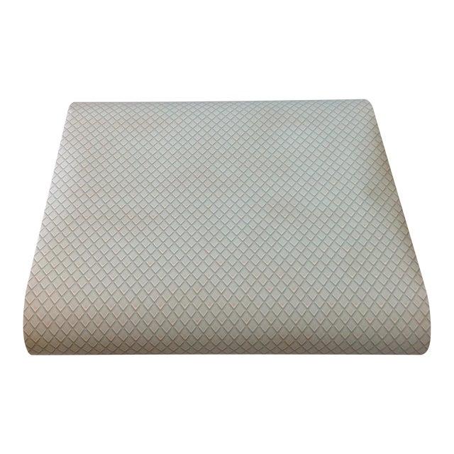 Vintage Petite Diamond Wallpaper - 2 Bolts For Sale